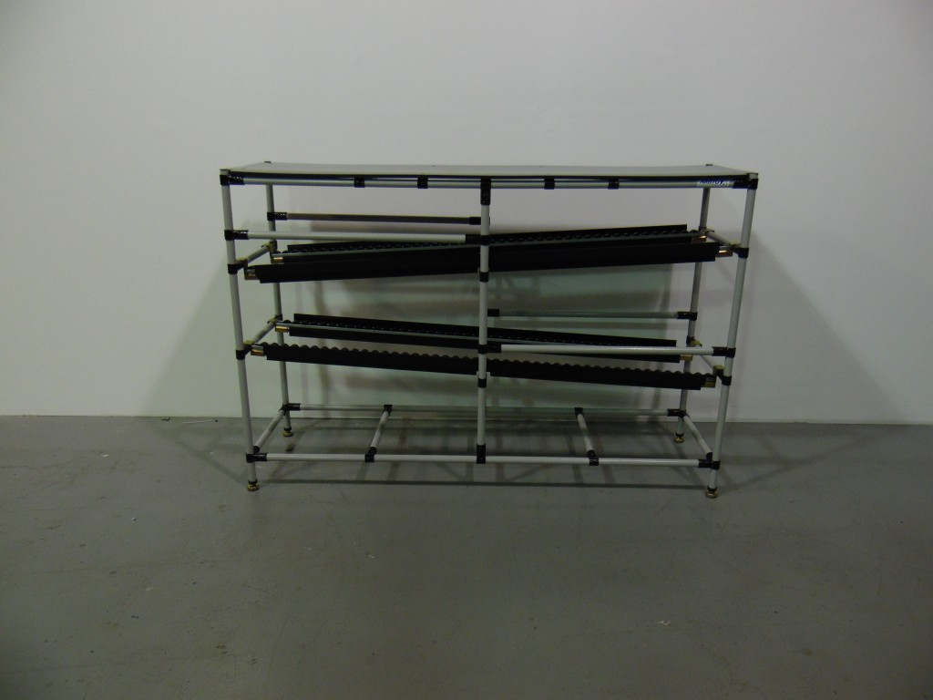 Flow Rack with Table